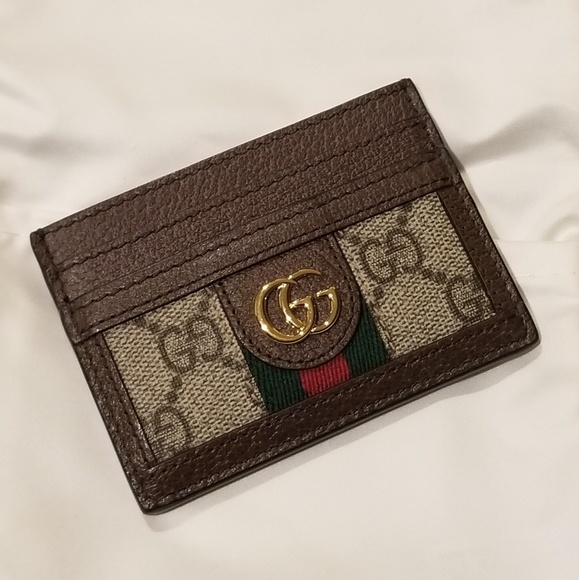 the latest 26e90 b2394 Gucci Ophidia GG card case card holder